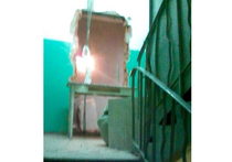 Чудо перепланировки в Москве: дверь квартиры перенесли к лифту