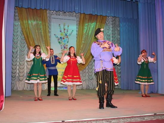 Уникальный фестиваль исполнителей жестовой песни «Поющая тишина» собрал в Георгиевске музыкантов из многих южных регионов