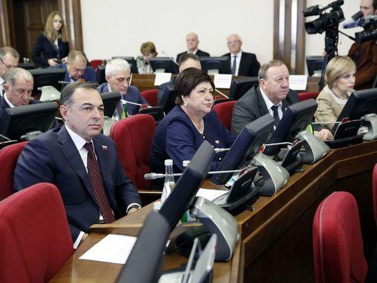 Впервые за последние 20 лет на Ставрополье принят профицитный бюджет на 2018 год
