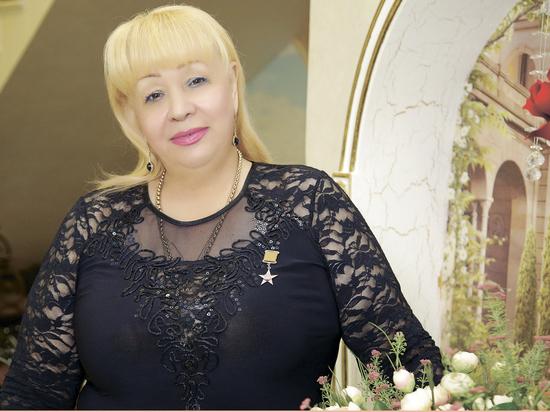 Коллектив санатория «Пятигорский нарзан» поздравляет с Международным женским днем своего руководителя – Татьяну Чумакову